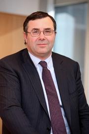 Nový šéf francouzského Totalu Patrick Pouyanne