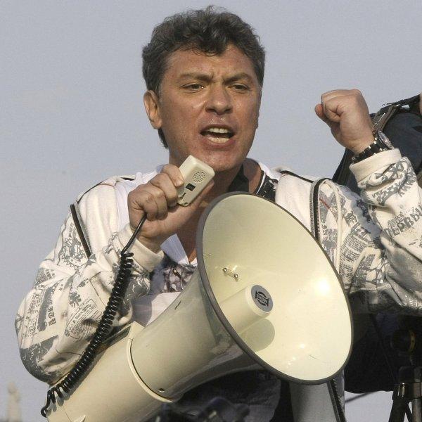 Boris N�mcov na fotografii z kv�tna 2012.