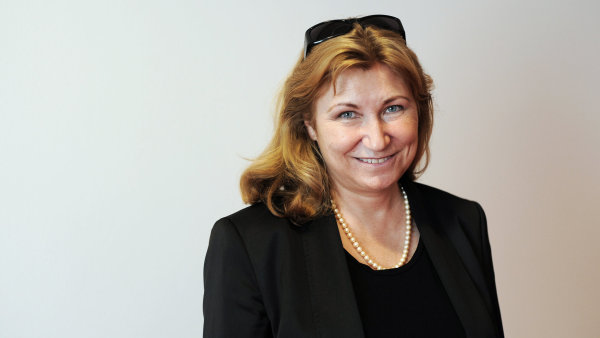 Eva Zamrazilová, hlavní ekonomka ČESKÉ BANKOVNÍ ASOCIACE