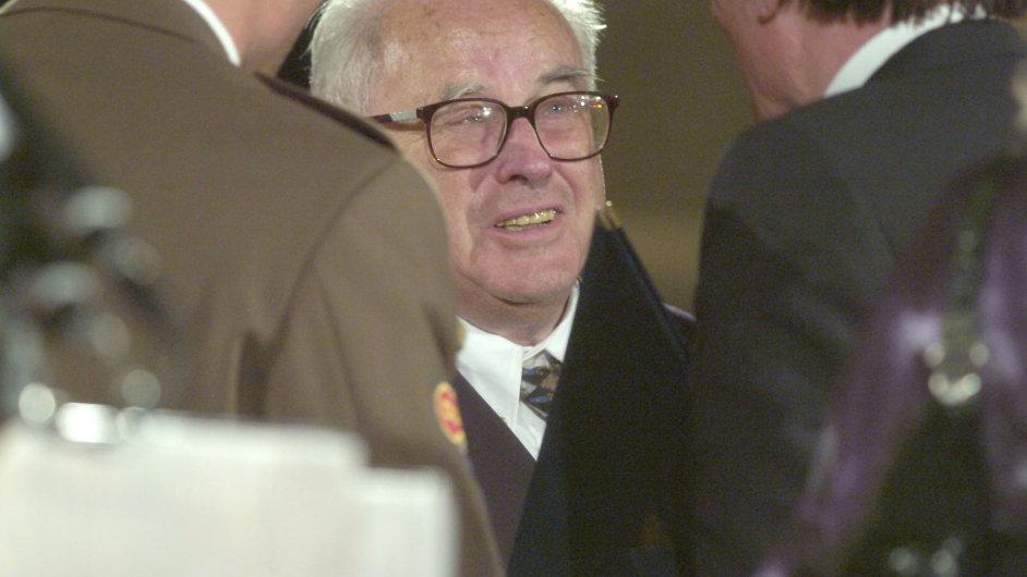 Ladislav Tondl patřil k hlavním osobnostem české sémiotiky a teorie komunikace.