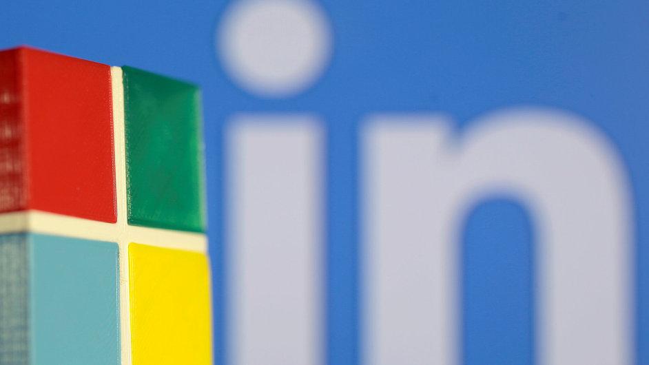 Microsoft převezme LinkedIn.