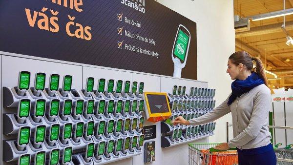Scanner pro zákazníky v Česku poprvé zavedl před několika lety Globus a po něm i další prodejci.