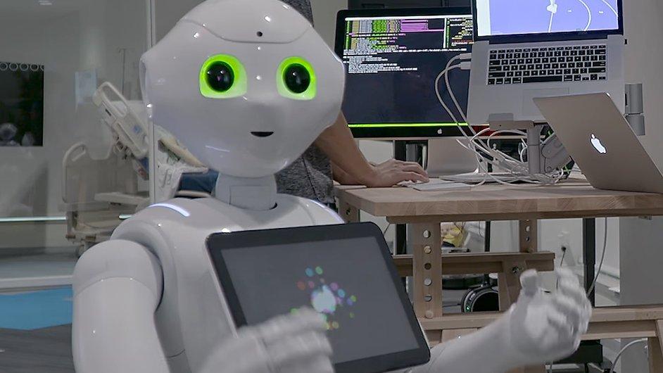 IBM Research vytvořila ve spolupráci s Rice University z texaského Houstonu prototyp víceúčelového asistenčního robota pro seniory (IBM MERA)