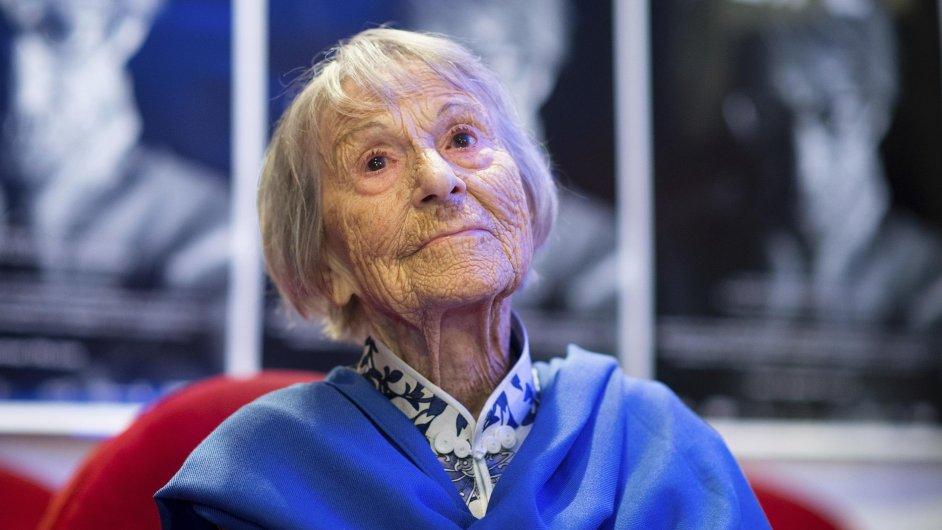Brunhilde Pomselová tvrdila, že o páchaných krutostech nacismu nic neslyšela.