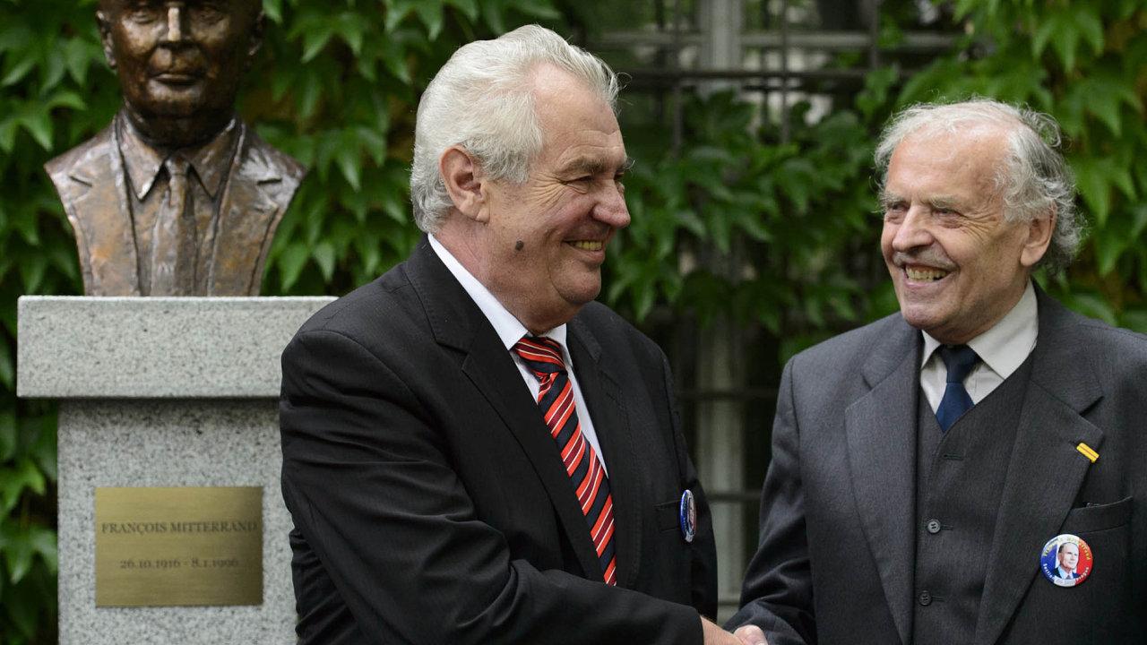 Do Rady ÚSTR Srpa navrhl prezident Miloš Zeman.