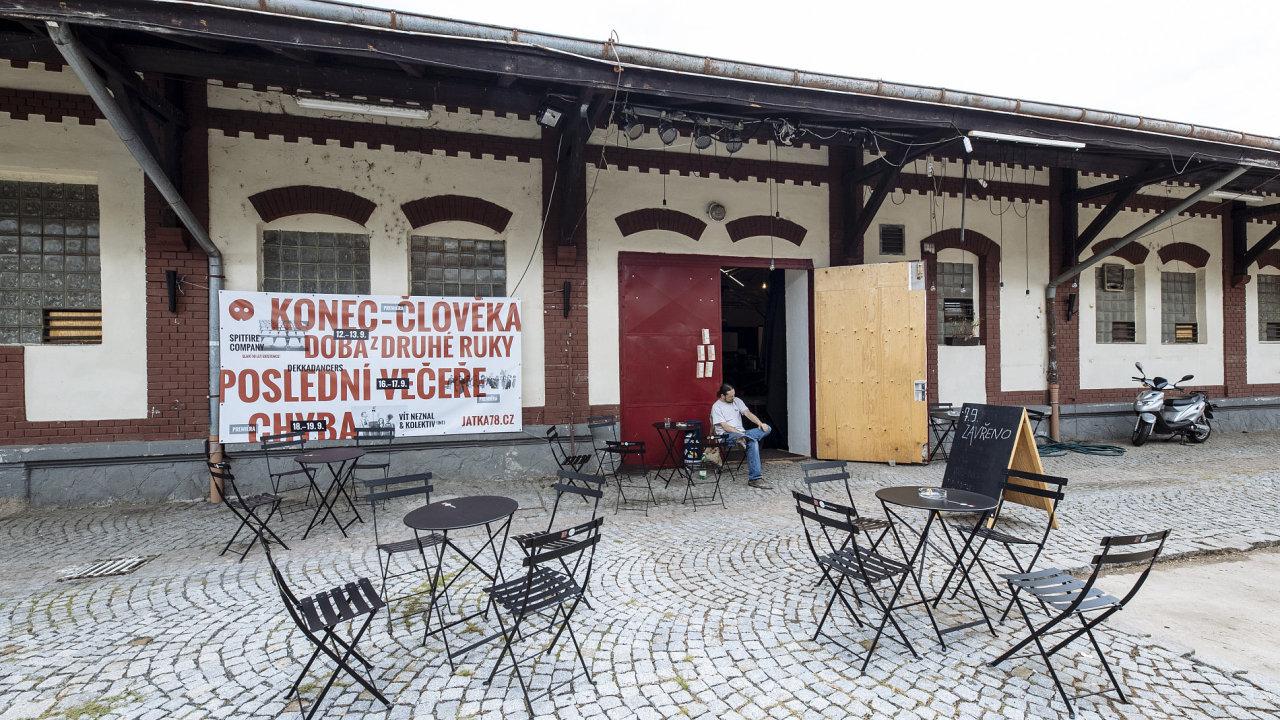 V této sezoně budou v Jatkách 78 (na snímku) hostovat přední novocirkusové soubory a divadelní velikáni.
