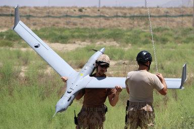 Doposud byl největším typem dronu v české armádě americký letoun ScanEagle, který vojáci používali hlavně k průzkumu v Afghánistánu.