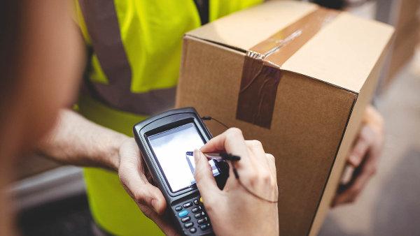 Také balíkoví dopravci reagují na zvýšený význam zpětného toku a nabízejí v této oblasti specializované služby.