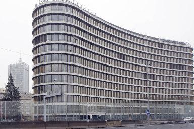 Enterprise: RSJ spoluvlastní administrativní centrum Enterprise napražské Pankráci. Před dvěma lety jej koupila zatři miliardy korun.