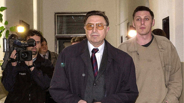 Generál Alojz Lorenc, bývalý velitel komunistické Státní bezpečnosti
