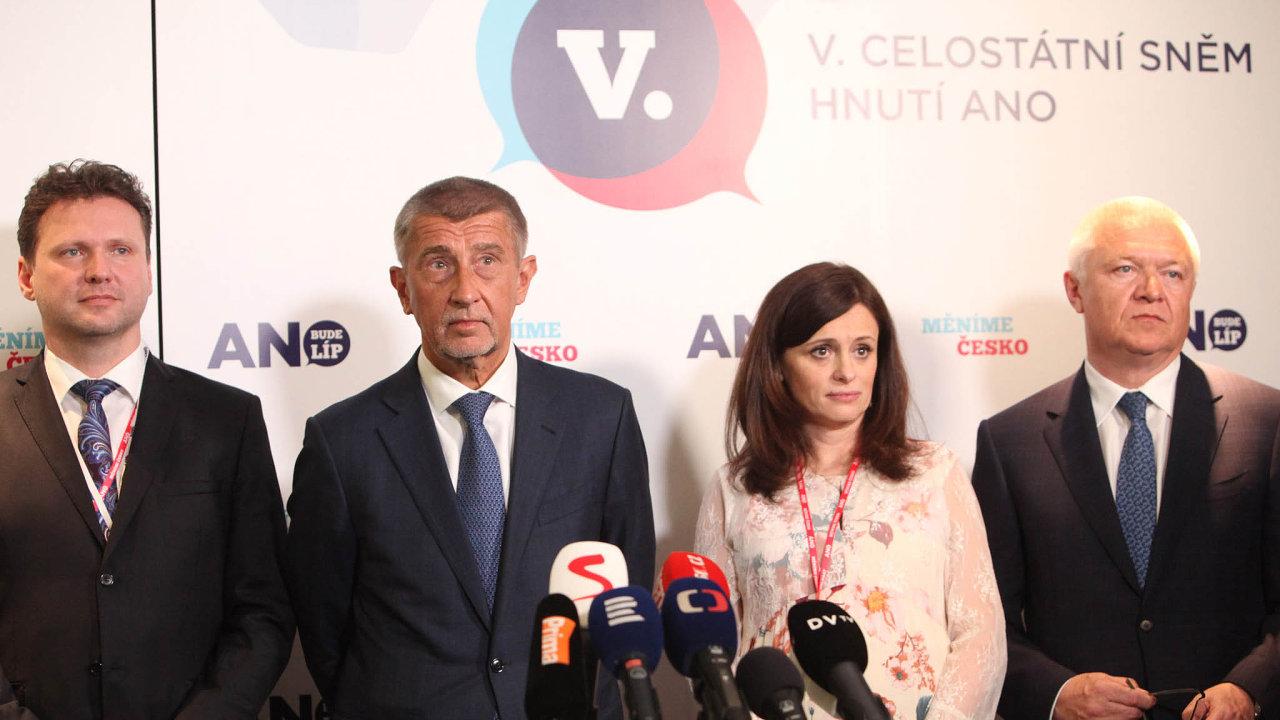 Andrej Babiš, Jaroslav Faltýnek iJaroslava Pokorná Jermanová zůstávají včele hnutí. Jedinou novou tváří vevedení je šéf sněmovny Radek Vondráček (vlevo).