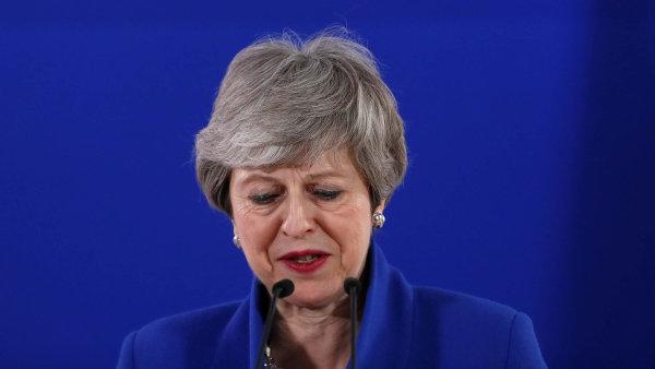 Britská premiérka Mayová končí, tentokrát nejspíš doopravdy. Vaz jí zlomil brexit