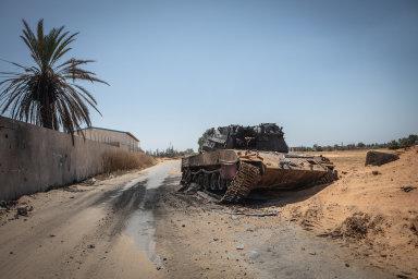 Libye: Místo svobody přišel chaos a válka žoldáků. Lidé po pádu Kaddáfího volají po silném vůdci