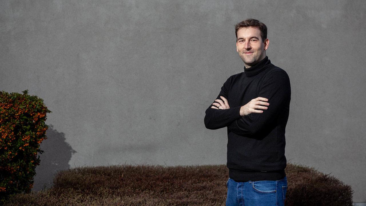Doareálu bývalých skláren Kavalier naÚstecku míří nové firmy, říká Milan Kratina, šéf investiční společnosti Accolade.