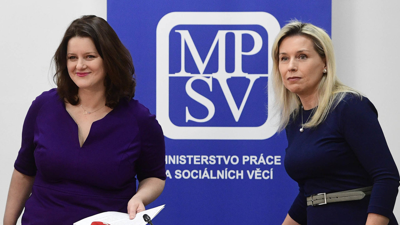 Reformu důchodů si vláda Andreje Babiše stanovila jako prioritu. Ministryně práce Jana Maláčová a předsedkyně důchodové komise Danuše Nerudová ji oznámily rok před volbami. Návrh ale nemá podporu.