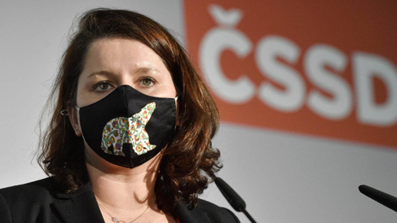 Ministryně práce a sociálních věcí Jana Maláčová (ČSSD) navrhovala posunutí přídavků pro děti natrojnásobek nebo dokonce na3,6násobek minima.