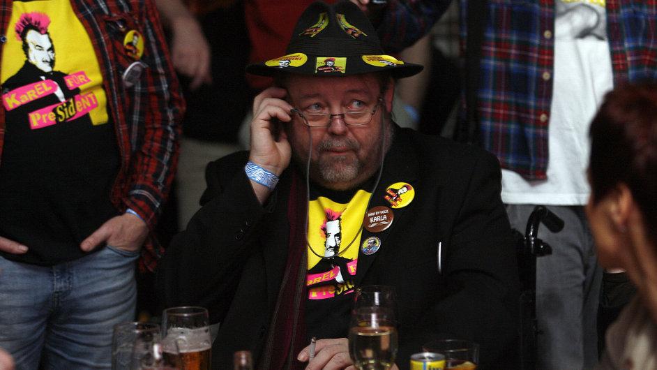 Smutek ve volebním štábu Karla Schwarzenberga