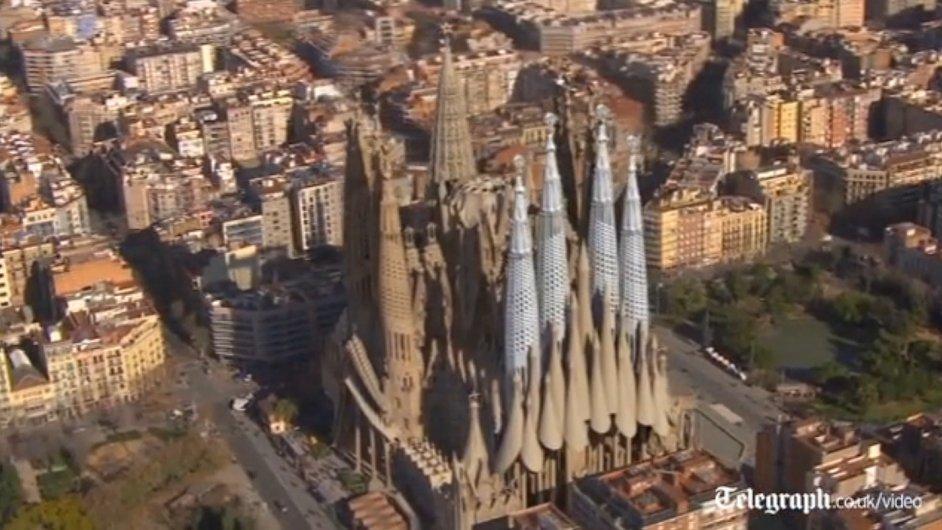 Vizualizace dostavby katedrály Sagrada Família