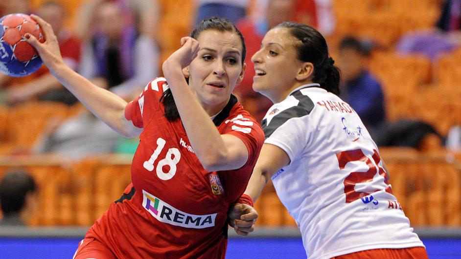 Iveta Luzumová v zápase proti Austrálii