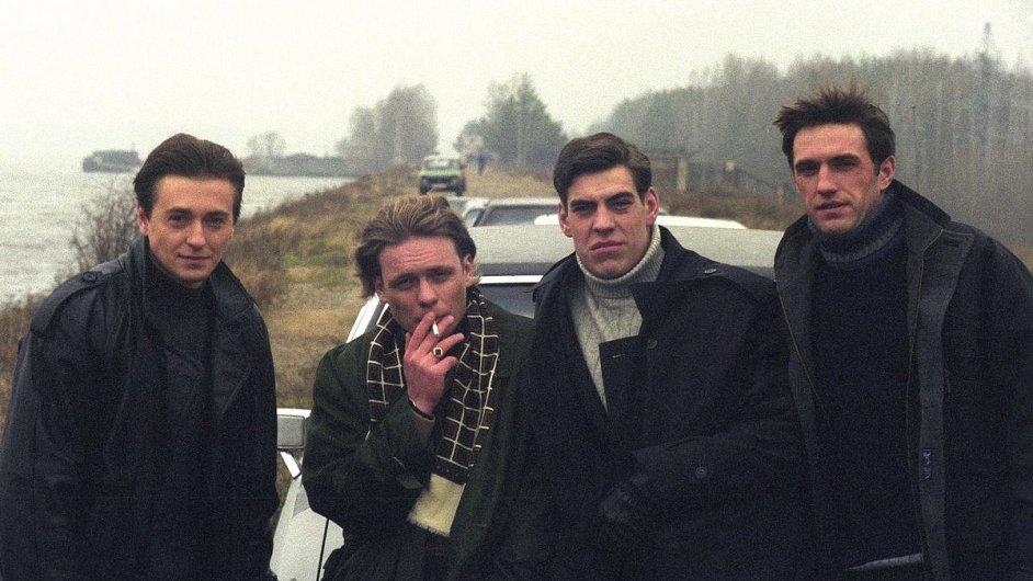Film o dění na Krymu chystají autoři populárního ruského seriálu Brigáda (na snímku).