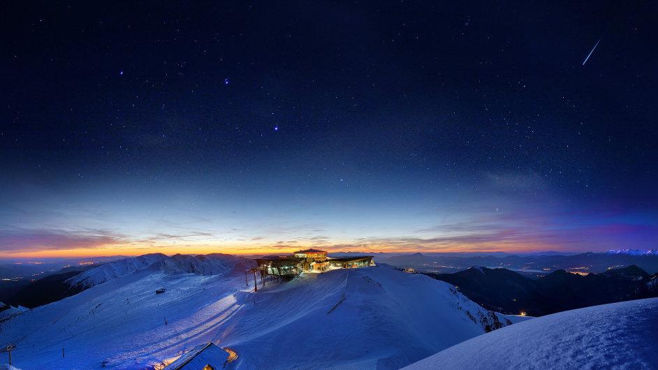 Jasné noci jsou na vrcholku Chopku téměř pravidlem.