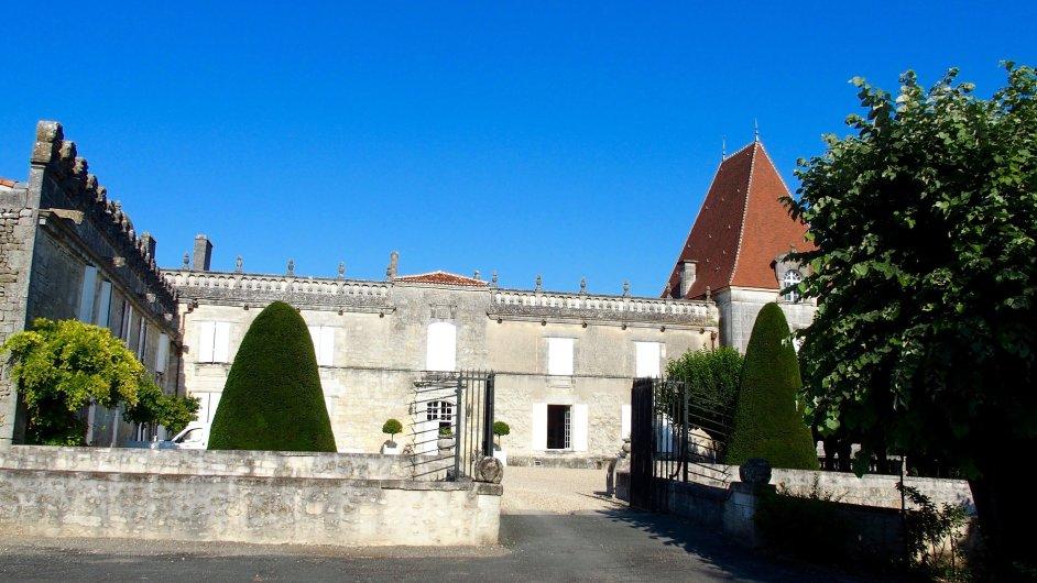 Letní sídlo rodiny Marnier - Lapostolle, která vyrábí likér Grand Marnier.