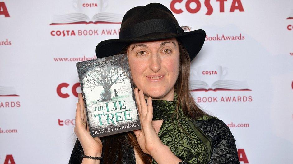 Frances Hardingeová při převzetí ceny Costa.