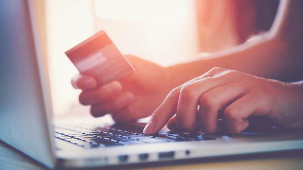 Tržby tuzemských internetových obchodů letos poprvé překonají 100 miliard - Ilustrační foto.