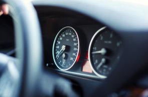 Prodeji nebezpečných ojetin by měly zamezit car-passy. Systém se inspiruje v Belgii, v zemi funguje už deset let