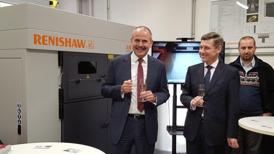 Společnost Renishaw zapůjčila ostravské VŠB-TU přístroj AM 400 pro 3D tisk kovů