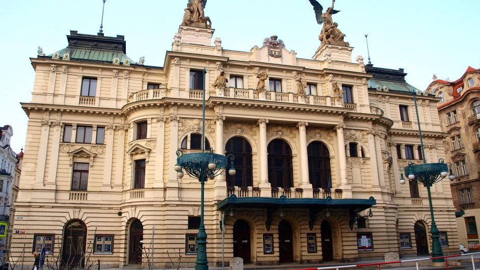 Na snímku je budova pražského Divadla na Vinohradech