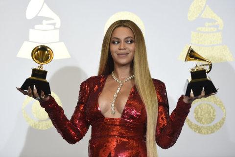Zpěvačka Beyoncé byla s devíti nominacemi za desku Lemonade favoritkou večera, nakonec ale proměnila jen dvě.