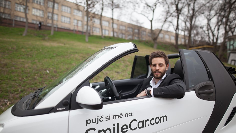Leo Express rozjel vlastní carsharing, pojmenoval jej SmileCar.