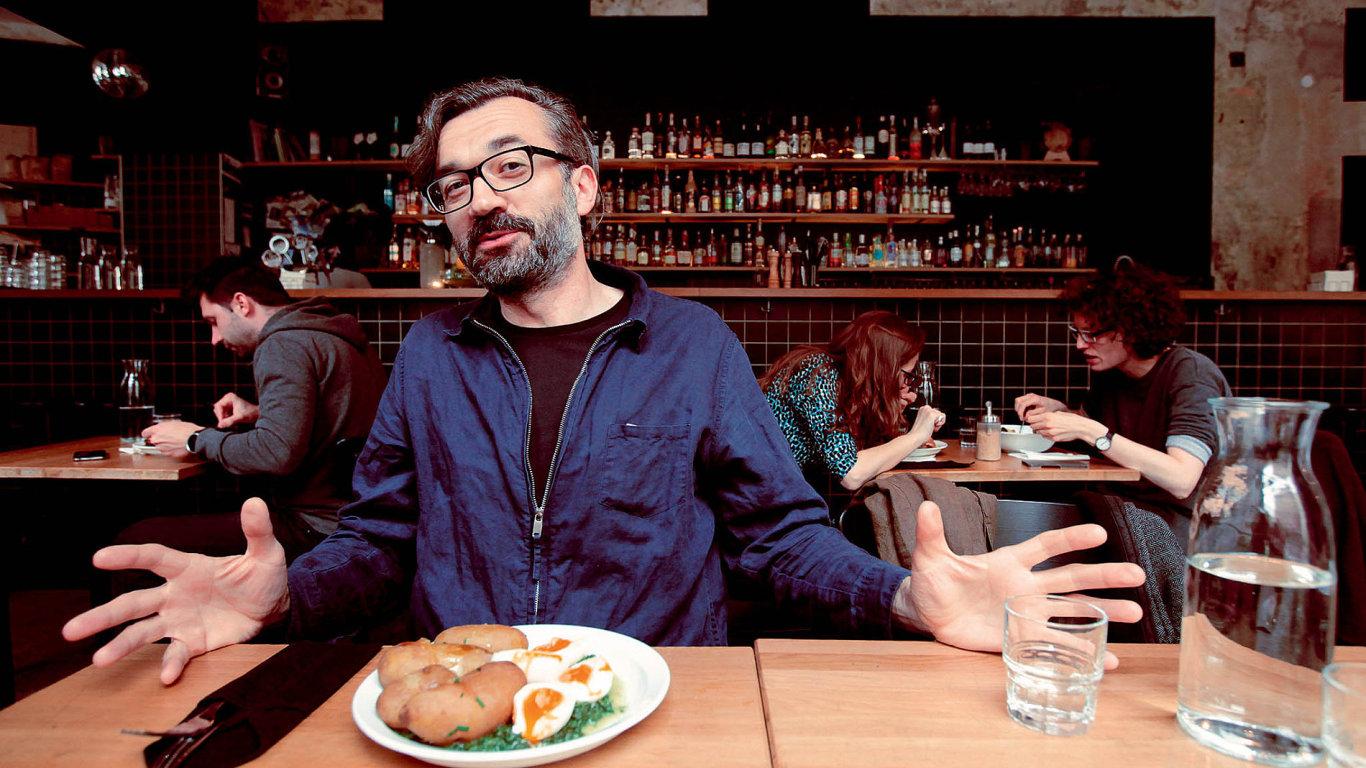Pracovní oběd se spolumajitelem společnosti Aerofilms Ivem Andrlem
