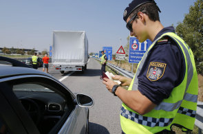 Autem na dovolenou: Prodraží se dálnice i nezaplacené pokuty