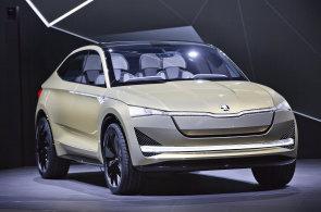 První elektrické škodovky nabídne automobilka za necelé tři roky, hybridní Superb představí Škoda do dvou let