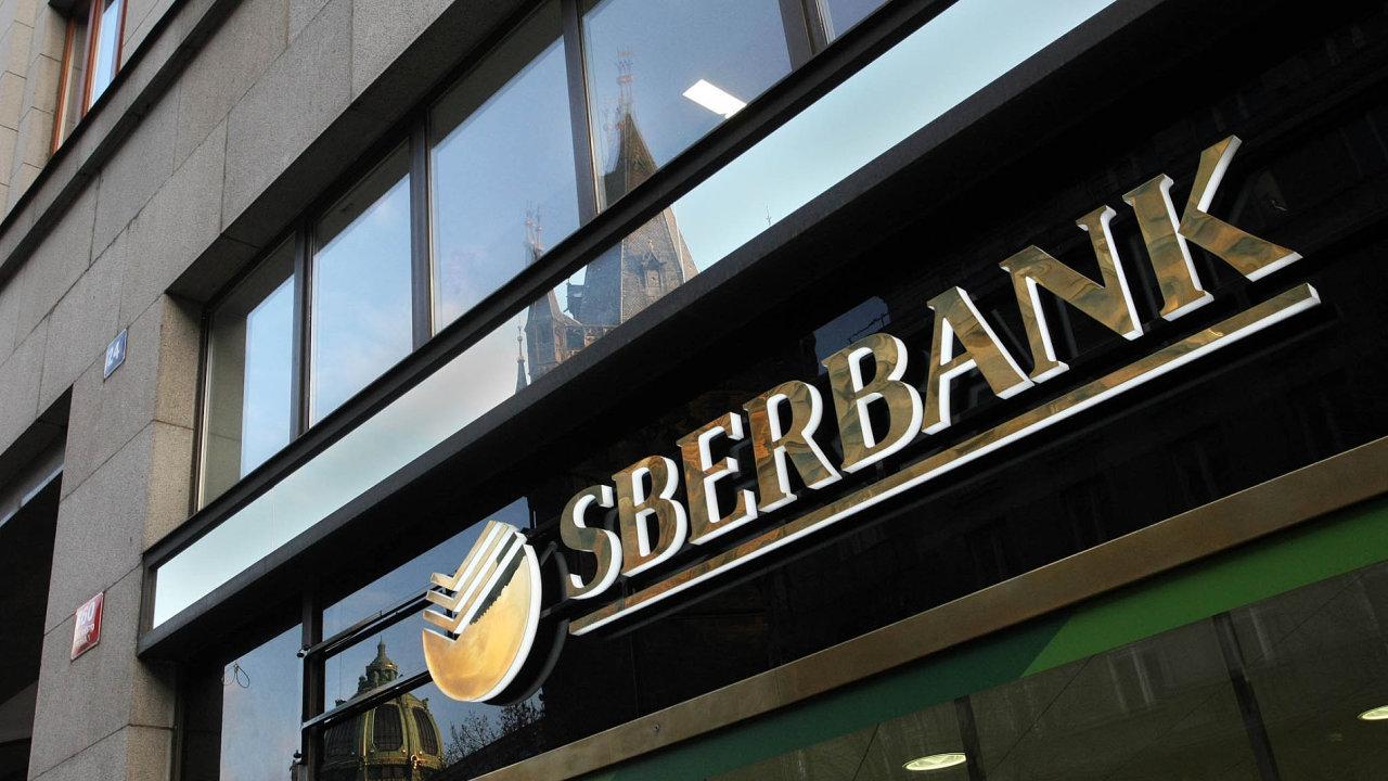 Sberbank CZ povede Rakušan Edin Karabeg.