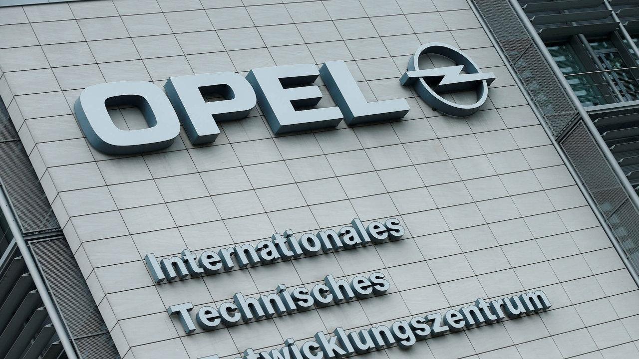 Opel celkově v Německu propustí téměř devět tisíc zaměstnanců.