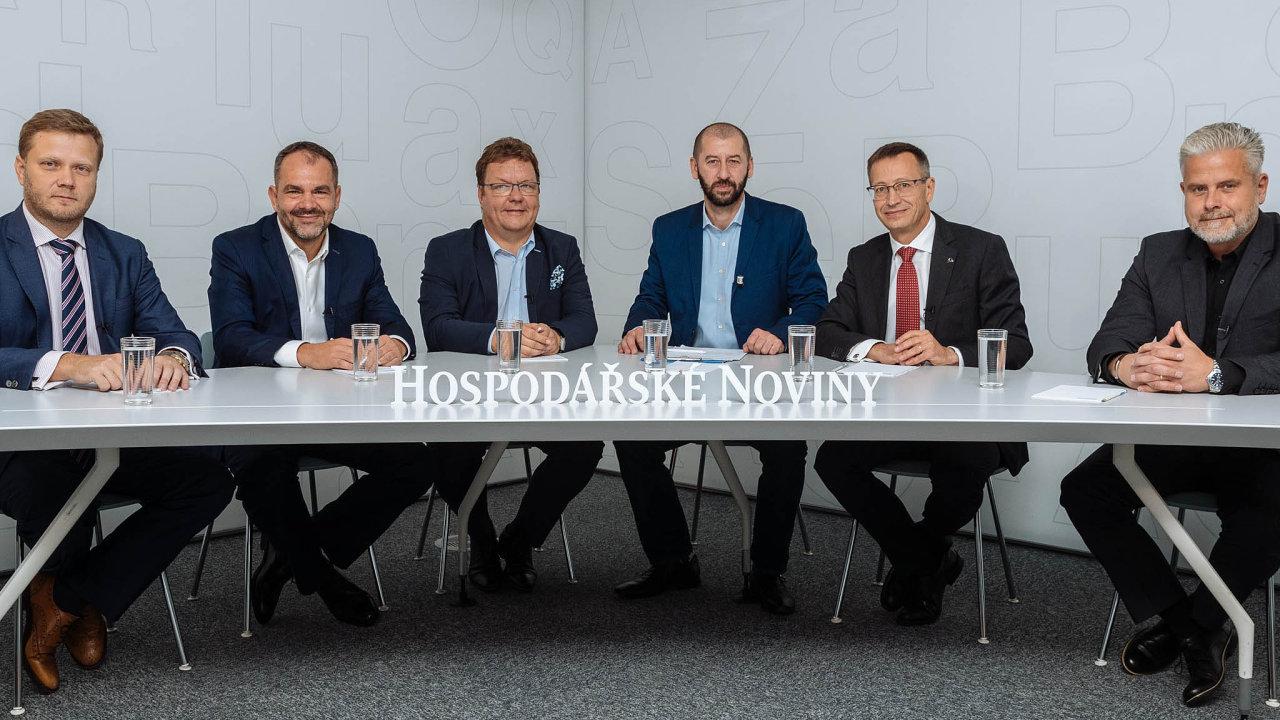 Zleva Jiří Střelický, Marek Jankovič, Filip Duchoň, Martin Jašminský, Martin Žáček a Jaroslav Peyerl.