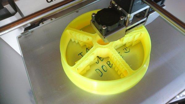 Výroba kolečka pomocí 3D tisku.