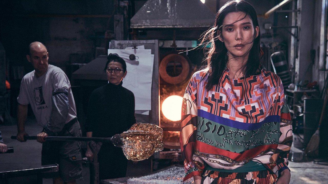 Japonsko-italská umělkyně Ritsue Mishima, která posloužila jako inspirace pro novou podzimní kolekci značky Weekend Max Mara.