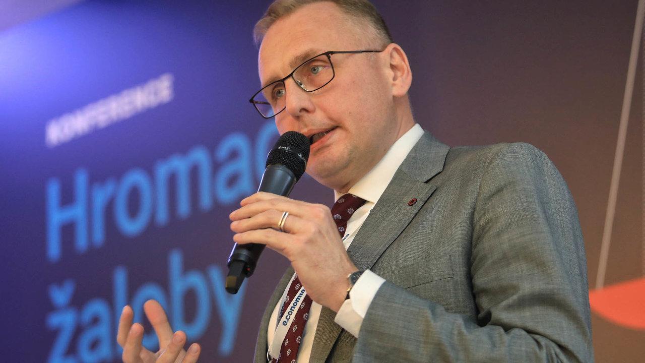 Odmítáme. Podle Filipa Hanzlíka z České bankovní asociace by se měl zákon vztahovat jen na spotřebitelskou oblast.