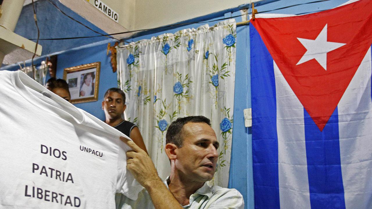 Represe houstne. Už od1.října je vevězení bez soudu, bez obvinění aúdajně mučen vtuto chvíli nejznámější vůdce kubánské opozice José Daniel Ferrer.