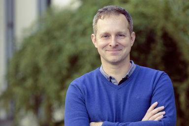 Robert Vlach, zakladatel portálu pro freelancery Navolnénoze.cz