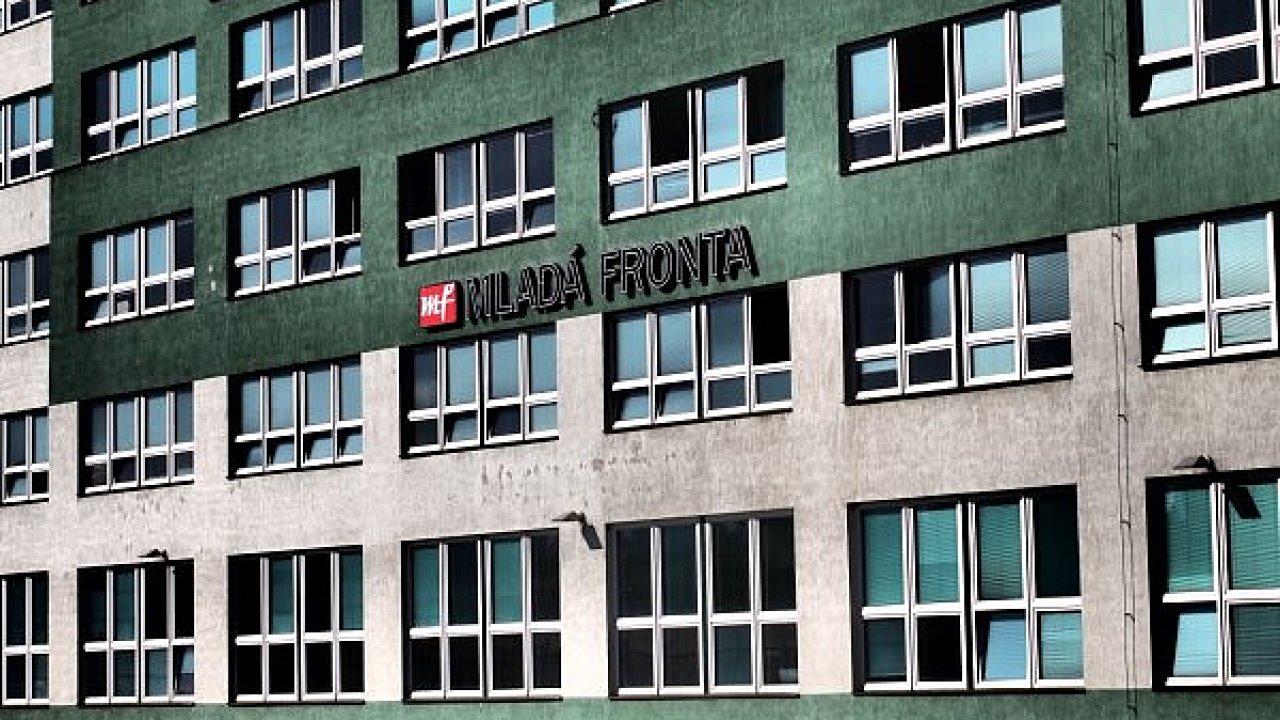 Souhlas k aukci nedala ani firma Czech Property Investments (CPI), jíž Mladá fronta dluží.