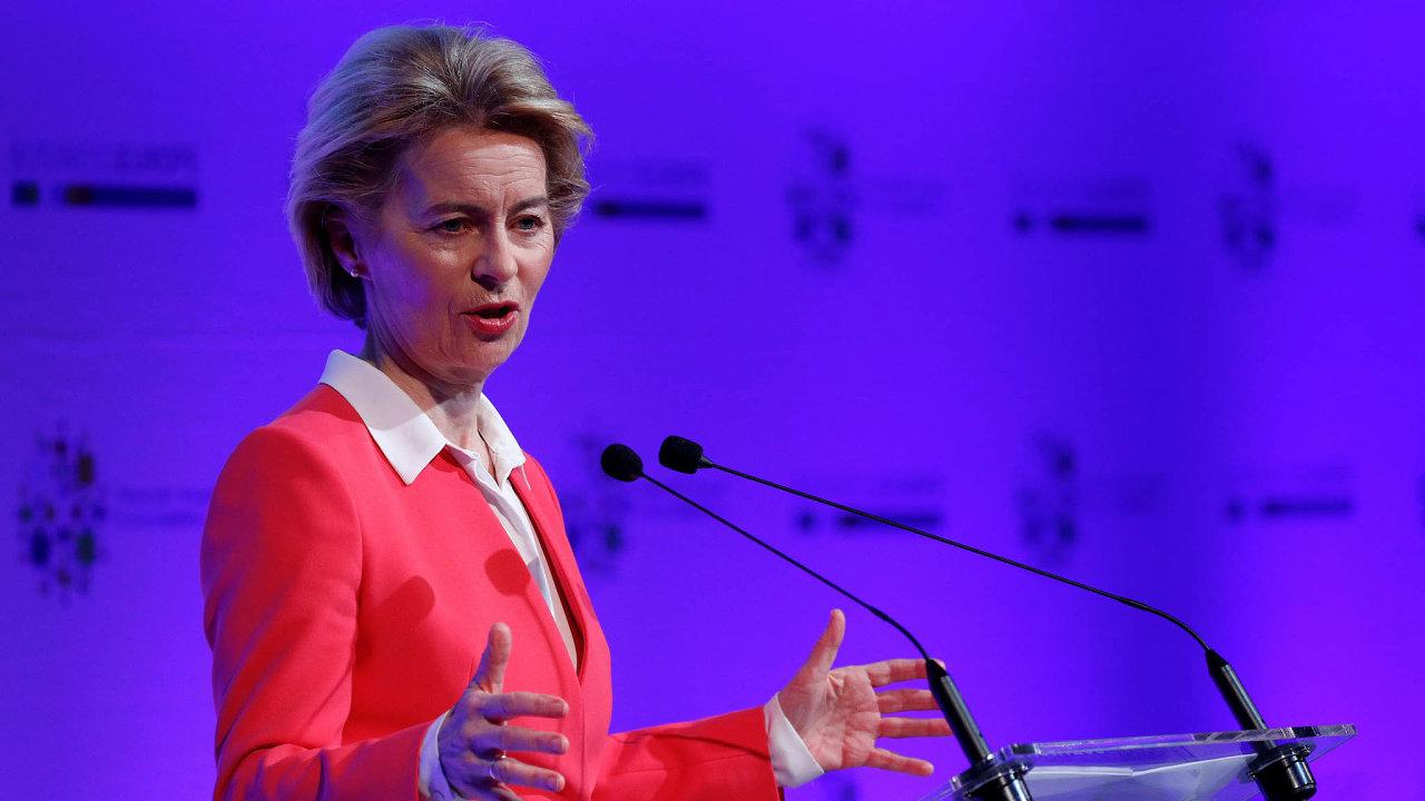 Šéfka komise Ursula von der Leyenová chce vytvořit zvláštní fond na pomoc malým astředním podnikům ana podporu zaměstnanců, kteří by případně přišli opráci.