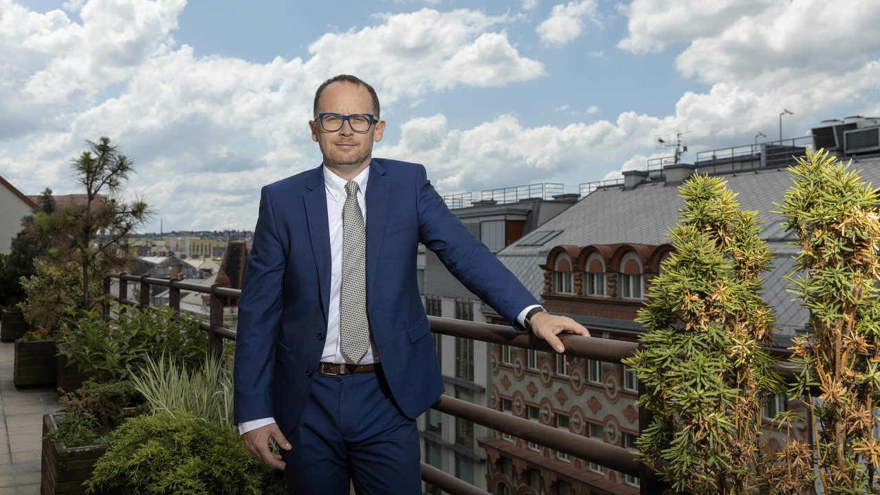 Vrchol přijde na podzim. Šéf pojišťovny EGAP Jan Procházka očekává nával žádostí o záruky na úvěry spojené s koronavirovou situací až po prázdninách.