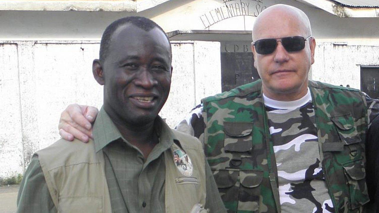 Karel Sochor (vpravo) čelil už v Libérii obvinění ze sexuálního obtěžování.