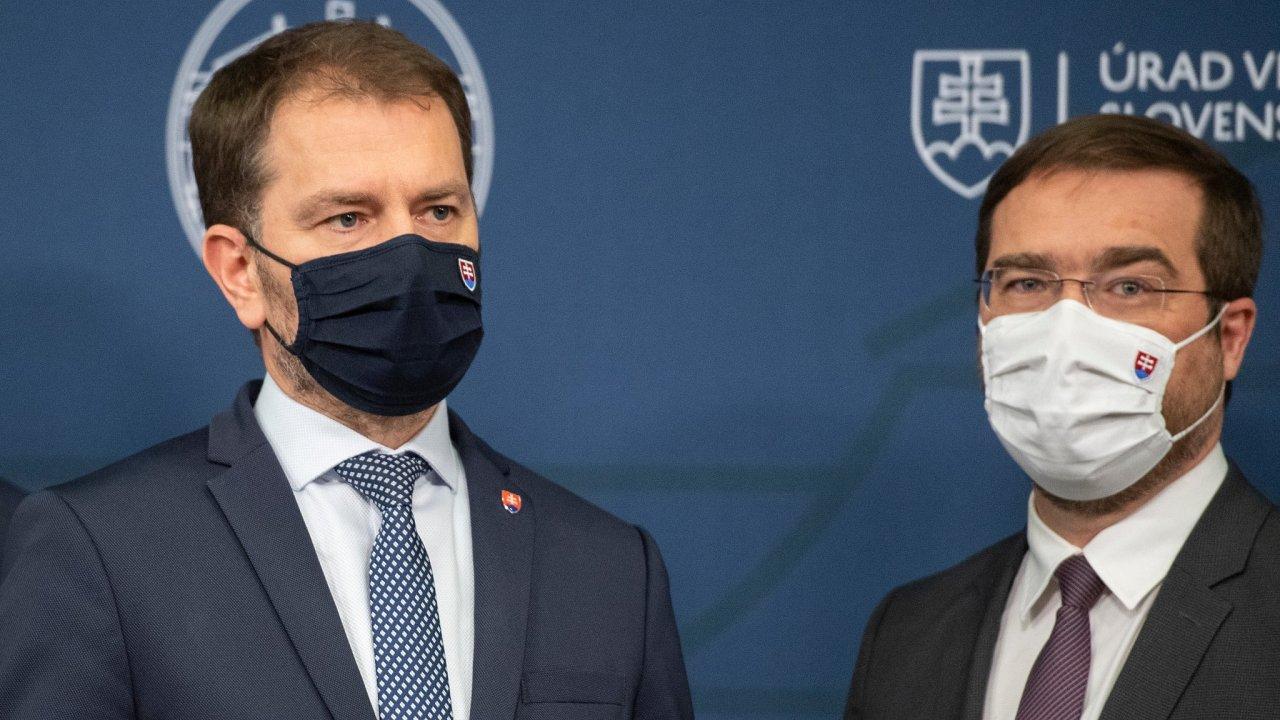 Premiér Igor Matovič a ministr zdravotnictví Marek Krajčí se přetahují o Krajčího demisi a očkování ruskou vakcínou Sputnik.