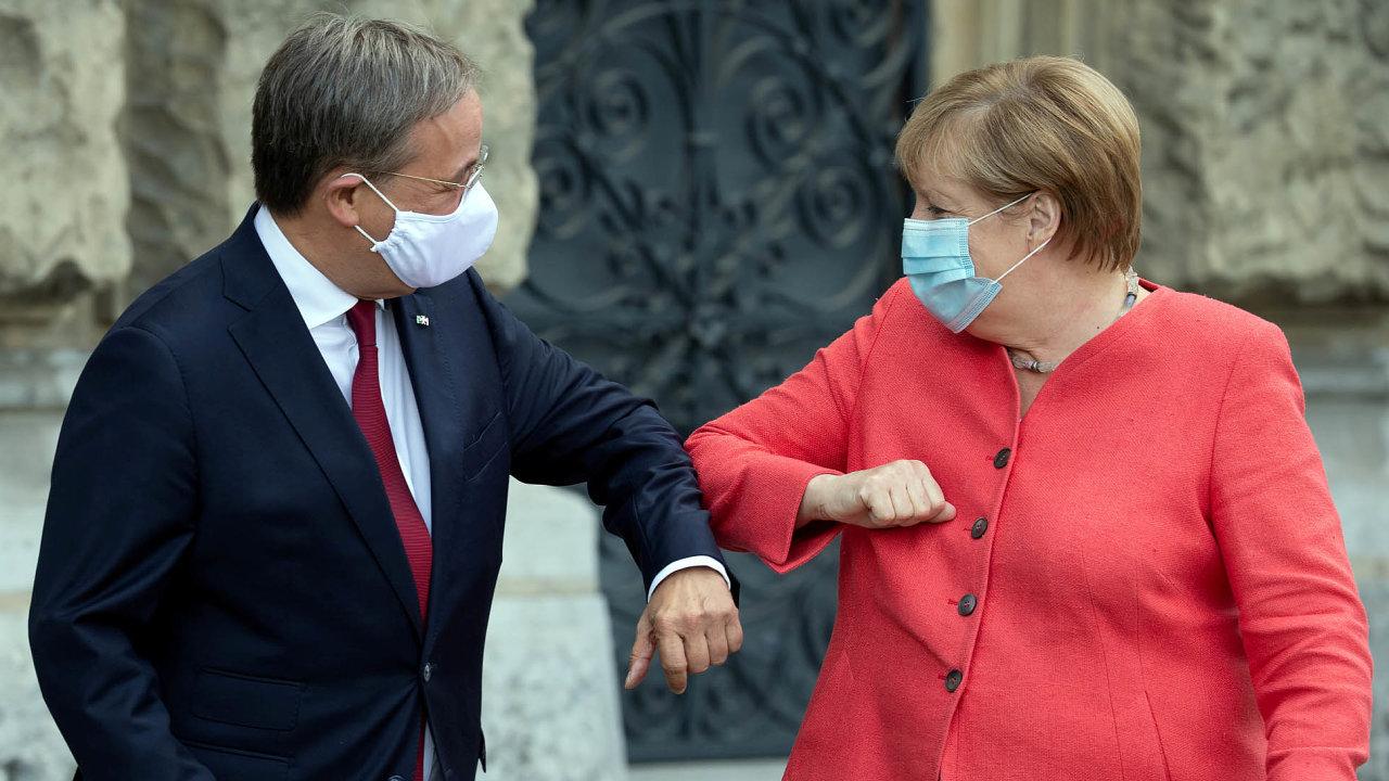 Kontinuita zachována. Laschet podobně jako odcházející kancléřka Merkelová vidí CDU jako široce rozkročenou, pragmatickou středovou stranu, říká Jakub Eberle z Ústavu mezinárodních vztahů.
